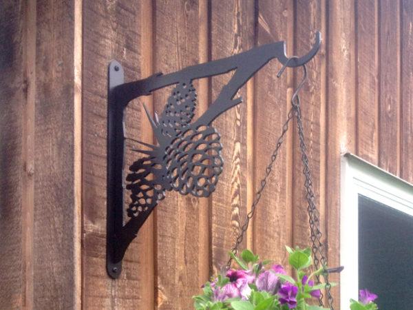 Pinecone Plant Hanger
